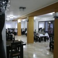 thumb-p561e53113dd522611-restaurant4.jpg