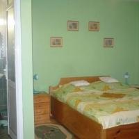thumb-p5655ecf36aaef6077-dormitor-cu-baie.jpg